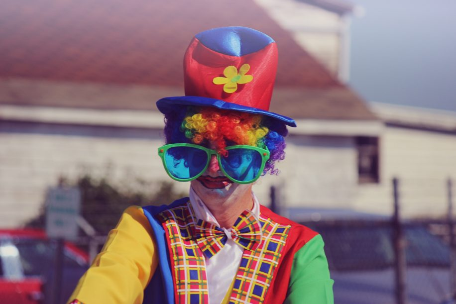 Dont Take Yourself Seriously - 5 Leadership Lessons - Maven Collective Marketing